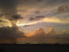 20170709_064159 (immrbill3) Tags: sunrise floridasunrise beach sunriseonthebeach beachsunrise floridabeach morningwalk fortlauderdalefl