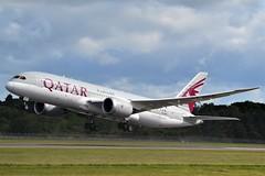 A7-BDC BOEING 787-8 DREAMLINER (douglasbuick) Tags: aircraft boeing b7878 a7bdc qatar airways takeoff jet plane airplane edinburgh egph airport aviation scotland flickr airliner airlines doha nikon 3100