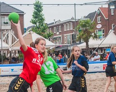 "Citybeach Toernooi 2017 • <a style=""font-size:0.8em;"" href=""http://www.flickr.com/photos/131428557@N02/35562725065/"" target=""_blank"">View on Flickr</a>"