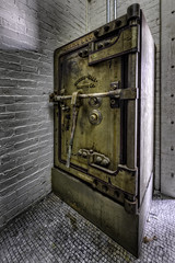 Safe in a Safe (Frank C. Grace (Trig Photography)) Tags: taunton massachusetts cityhall abandoned decay urbex urbanexploration silvercity 1896 historic history grunge grungy gritty empty restoration nikon d810 wideangle renaissancerevival architecture granite brick building earleryder jmerrillbrown tauntonians citycouncilchambers churchgreen newengland on1pics unitedstates herringhall marvinco herringco safe vault