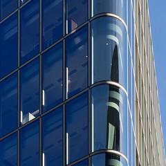 softening angles (Cosimo Matteini) Tags: cosimomatteini ep5 olympus pen m43 mft mzuiko60mmf28 london city cityoflondon squaremile ludgatehill building architecture light blue softeningangles