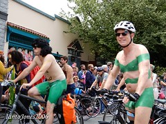 DSCN2153 (IantoJones2006) Tags: fremont solstice cyclists 2017 naked bike seattle parade nude painted body paint bicycle
