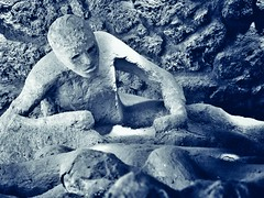 plaster cast of a cavity (paddy_bb) Tags: travel 2017 olympusomd paddybb omde1 italien italy mediterranean campania kampanien volcano vulkan stromboli pompeji