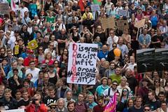 Solidarity without borders instead G20 –Demonstration Hamburg 2017 (Rasande Tyskar) Tags: summit hamburg germany 2017 solidarity united protest demo demonstration hughe fantastic solidarität grenzenlos 08072017 20170708 together vereint protestform manifestation manifest solidarite g20 withoutborders trump president fatty