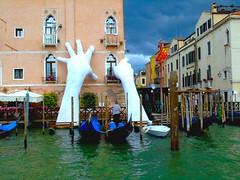 DSC00021 (francesco.dambrosio) Tags: venezia venice veneza biennale arte biennaledivenezia giardini arsenale laguna veneto art artoftheday worldart show world artist artists gondola neon artinart water