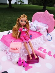 Pedicure time (flores272) Tags: ashlynnella everafterhigh dollfurniture dollclothing outdoors barbiefurniture barbiesweetroses ribbonsrosesbed doll dolls toy toys