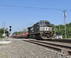 Norfolk Southern Chicago Line / MP 482 (codeeightythree) Tags: ns norfolksouthernchicagoline norfolksouthernrailroad norfolksouthern stacktrain porterindiana porter indiana railroading transportation freight