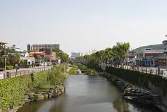 수원, Suwon, South Korea (Tiphaine Rolland) Tags: southkorea suwon korea corée coréedusud asia asie nikon d3000 nikond3000 printemps spring 대한민국 수원시 수원 river rivière eau water