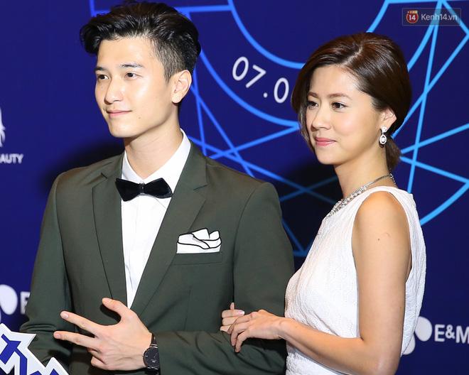 Hậu chia tay, Huỳnh Anh và Hoàng Oanh xuất hiện thân mật, hội ngộ dàn sao khủng trên thảm xanh! - Ảnh 3.