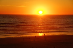 Sunset at Manzanita Beach (pete4ducks) Tags: oregon orange sunset beach pacificocean water waves 2017 summer manzanita sun sky 500views