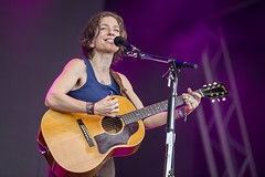 "Anni DiFranco - Cruilla Barcelona 2017 - Viernes - 3 - M63C4048 • <a style=""font-size:0.8em;"" href=""http://www.flickr.com/photos/10290099@N07/34956865994/"" target=""_blank"">View on Flickr</a>"