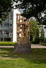 Tilburg - Transvaalplein (grotevriendelijkereus) Tags: tilburg noord brabant netherlands holland nederland sculpture sculptuur beeldhouwwerk kunst art beeldende wederopbouw park