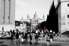 Des de la Plaça d'Espanya (Fnikos) Tags: plaza plaça espanya españa catalonia cataluña catalunya people building architecture outdoor