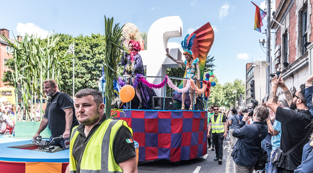 LGBTQ+ PRIDE PARADE 2017 [ON THE WAY FROM STEPHENS GREEN TO SMITHFIELD]-130016
