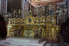 Altar at the Church of Certosa di San Martino, Naples, Italy (SomePhotosTakenByMe) Tags: altar certosadisanmartino church kirche indoor urlaub vacation holiday italy italien naples napoli neapel city stadt vomero
