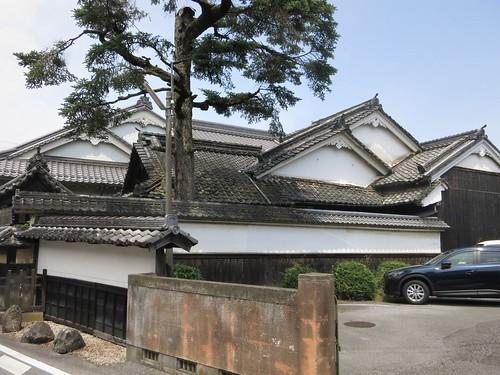 house of many gables, Nakasendo at Toriimoto (Hikone)