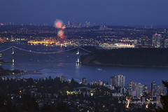Canada 150 Fireworks, 1 July 2017, Vancouver BC (PhotoDG) Tags: canada canadaday vancouver downtown celebration canadaday2017 firework color nightscape cityscape longexposure telephoto burrardinlet lionsgate bridge canadaplace stanleypark westvancouver metrovancouver canada150