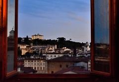 Una habitación con vistas. A Room With a View. (chemakayser) Tags: florencia firenze italia italy paisaje ventana vistas