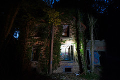 """house (HAKUDO is busy (""""_"""")) Tags: house pentax k10d niught abandoned horror urbex"""