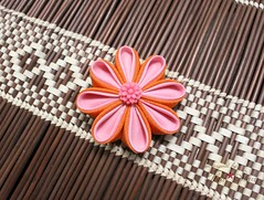 Thea Starr (thea superstarr) Tags: kanzashi etsy handmadeflowers handmade theastarr