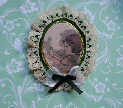 (Old Paper Perfume) Tags: handmade brooch pin victorian spooky chinesse shadows vintage girl lace ribbon transfer image felted fabric jewellry gift for her backpack bag accesories halloween gothic