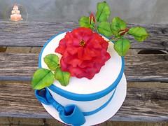 Red rose cake (Albena Bojidarova) Tags: red rose cake shugar flowers gumpaste birthday benny cakes