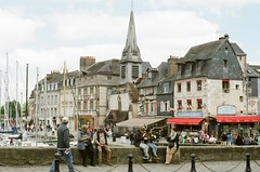 Normandy 2017 - Pro 400H 11 ([Katsumi]) Tags: nikonfe nikkor50mmf14 film filmisnotdead fujicolorpro400h france normandy travel travelphotography europe honfleur