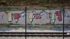 Les Crayons / Ouderghem - 15 jun 2017 (Ferdinand 'Ferre' Feys) Tags: bxl brussels bruxelles brussel belgium belgique belgië streetart artdelarue graffitiart graffiti graff urbanart urbanarte arteurbano