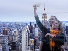 blue-hour selfie (marianna_a.) Tags: rockefeller newyork selfie happy couple young urban city p1350432 mariannaarmata cellphone mobile h empirestatebuilding