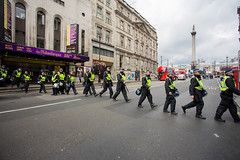 20178256 (sinister pictures) Tags: 2017 sinisterpictures gb greatbritain london uk unitedkingdom canon edl nationalists protest demonstration religion islam muslims uaf englishdefenceleague farright rightwing flags england uniteagainstfascists police metropolitanpolice publicorder gbr