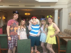 Pics from phone (Elysia in Wonderland) Tags: disneyland paris 2017 elysia elysias birthday 25th 25 anniversary holiday snapchat disney hotel inventions lunch characters meet greet mr smee lucy becca pete