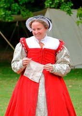 Tudor Life at Kentwell Hall 1600, June 2017, Suffolk, England (Niko S90) Tags: 1600 tudors suffolk england tudorrecreation tudorlife tudortimes recreation longmelford tudor canon lifeintudortimes reenactment historic costume house moat kentwell historiccostume livinghistory tudorhistory tudorliferecreation tudorreenactment tudorlifeatkentwellhall historical historicalrecreation kentwellhall historicalreenactment kentwell2017 16thcentury kentwellhallsummer