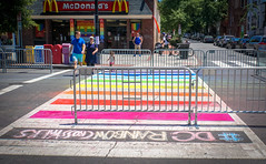 2017.06.10 Painting of #DCRainbowCrosswalks Washington, DC USA 6392