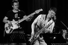 Lukas Kranjc: bass / Paul Widauer: sax (jazzfoto.at) Tags: a77m2 wwwjazzfotoat wwwjazzitat jazzitsalzburg jazzitmusikclubsalzburg jazzitmusikclub jazzfoto jazzfotos jazzphoto jazzphotos markuslackinger jazzinsalzburg jazzclubsalzburg jazzkellersalzburg jazzclub jazzkeller jazzit2017 jazz jazzsalzburg jazzlive livejazz konzertfoto konzertfotos concertphoto concertphotos liveinconcert stagephoto greatjazzvenue greatjazzvenue2017 downbeatgreatjazzvenue salzburg salisburgo salzbourg salzburgo austria autriche blitzlos ohneblitz noflash withoutflash sony sonyalpha sonyalpha77ii alpha77ii mozarteum mozarteumsalzburg universitätmozarteumsalzburg sw schwarzweiss blackandwhite blackwhite noirblanc bianconero biancoenero blancoynegro