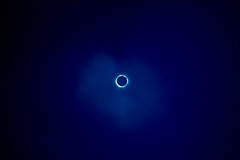 19990811-Eclips 32.jpg (Inklaar) Tags: dia zonsverduistering gescand inklaarseeall 1999 kodak nikoncoolscanived minoltax300 eb2 eb elitechrome100 eclipse scanned slide solareclipse