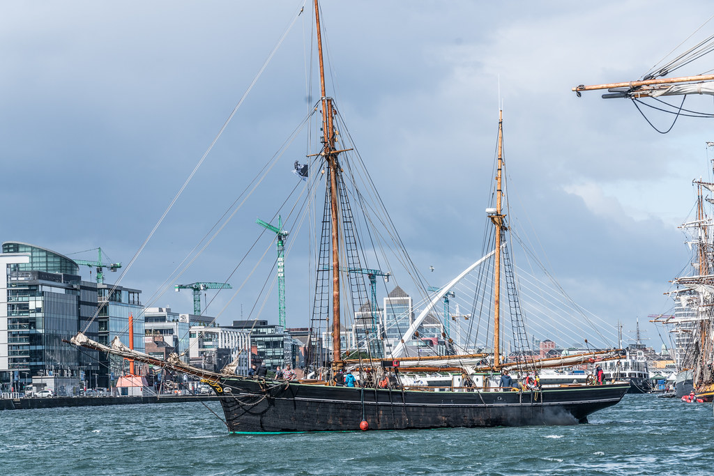 Bessie Ellen - 1904 Historic Trading Ketch [Departing Dublin Port]-129449