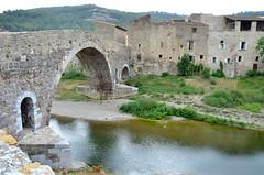 Lagrasse (RarOiseau) Tags: lagrasse village pont rivière orbieu eu époquemédiévale v2000 aude world100f