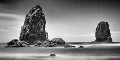 The Needles at Cannon Beach (Ron Rothbart) Tags: 10stopfilter astoria nd oregon pacificocean bw blackandwhite longexposure monochrome neutraldensityfilter ocean rocks water