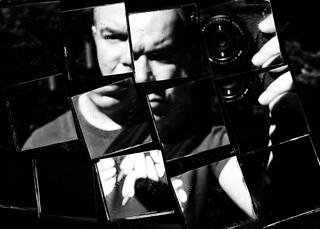 Self portrait in squared mirrors