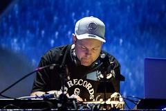 "DJ Shadow - Sonar 2017 - Viernes - 2 - M63C4657 • <a style=""font-size:0.8em;"" href=""http://www.flickr.com/photos/10290099@N07/35321825536/"" target=""_blank"">View on Flickr</a>"