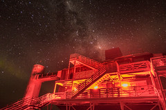 The IceCube-Lab. Entrance to hell? (redfurwolf) Tags: southpole antarctica night sky nightsky nightphotography outdoor icecubelab icecube milkyway stars auroraaustralis aurora building architecture nature redfurwolf sony rx100m4 hell