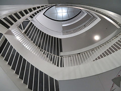 Staircase, Museum of Contemporary Art, Chicago, Illinois (duaneschermerhorn) Tags: architecture building skyscraper structure highrise architect modern contemporary modernarchitecture contemporaryarchitecture chicago illinois unitedstates usa stairs staircase stairway spiral circular spiralstairway steps railing light