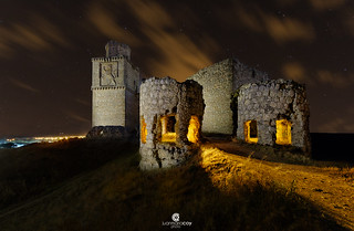 A night at the old abandoned Barcience castle (XIVth century) - Barcience (Toledo, Spain)