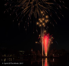 Fireworks (jimgspokane) Tags: fireworks spokanewashingtonstate spokaneriver celebrations the4thofjuly