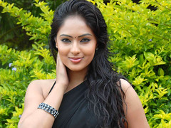 Indian Actress NIKESHA PATEL Hot Sexy Images Set-1 (1)