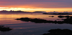Hebridean Sunset (Julian Hodgson) Tags: sunset achateny ardnamurchan argyll scotland sea sand beach seascape landscape canonpowershotsx60hs