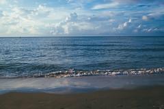 IMG_8525-2 (phantoanhvi095) Tags: vung tau viet nam sunrise binh minh film vintage canon 7d beach sea bai sau sigma 17 50 f28 hand held h hdr