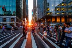 Manhattanhenge (d26b73) Tags: newyork usa us streetphoto manhattanhenge