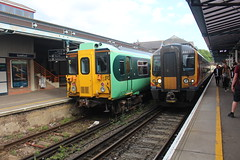 455824 444032 (matty10120) Tags: guildford class train railway rail transport travel 455