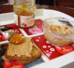 Beurre de cacahuètes (Le Monde de Sofhy) Tags: cuisine food cooking gateau homemade patisserie pastry muffin petit déjeuner beurre de cacahuètes peanut butter confiture